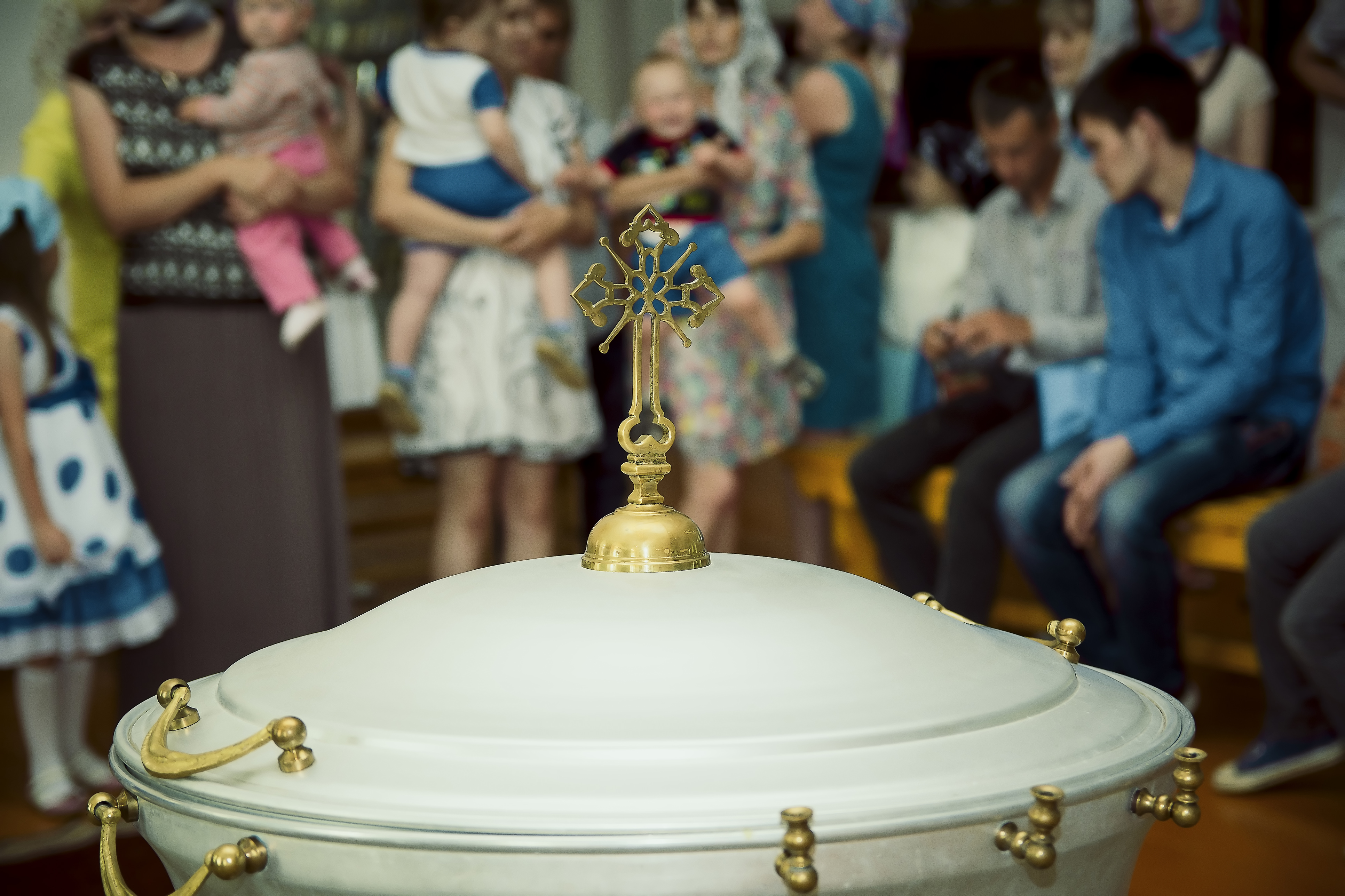 What is Expected of Guests at a Greek Christening?