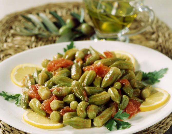 Greek Okra Bamies Me Saltsa Recipe