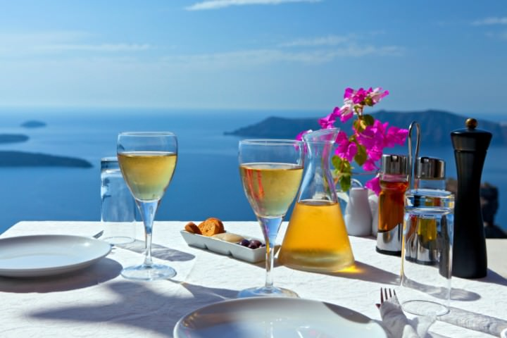 Best Places to Enjoy Wine in Greece