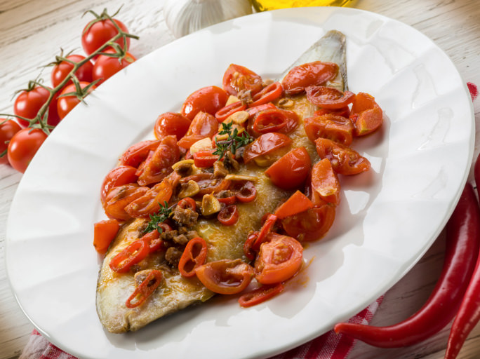 sole fish with tomato