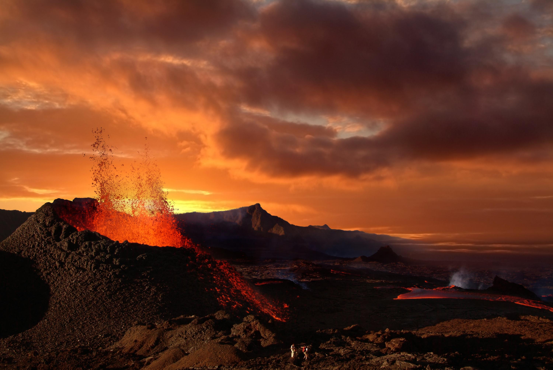 http://www.beboy.fr/is/volcano.jpg