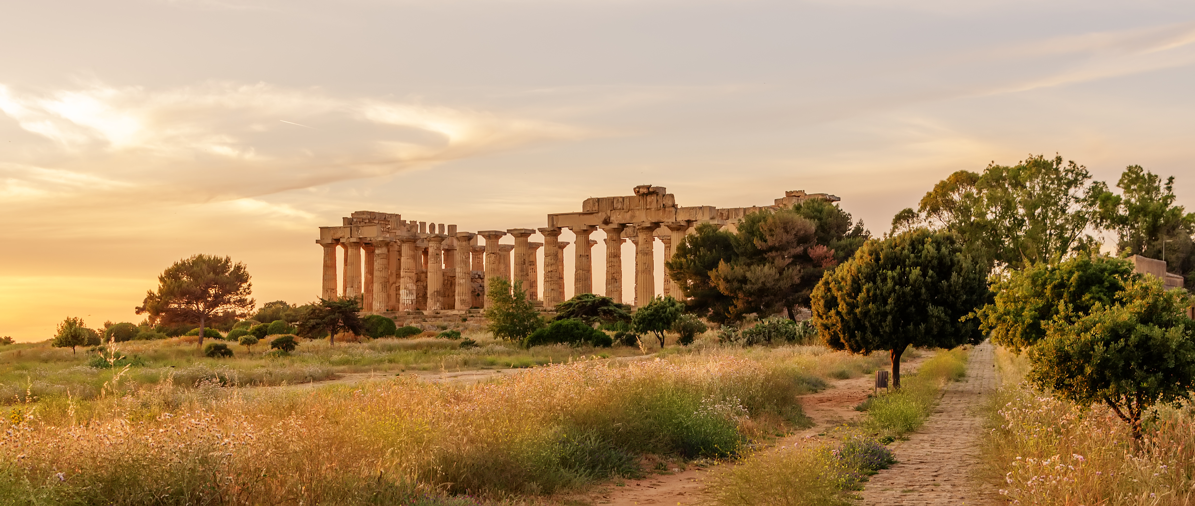 Dating in athens greece