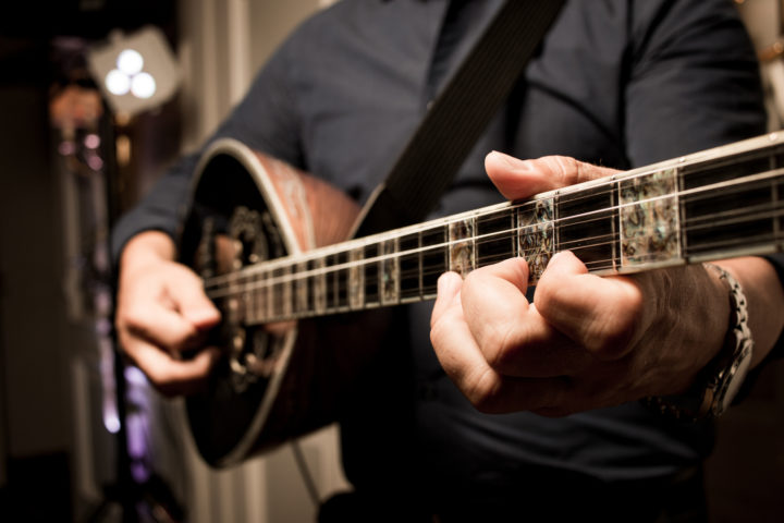 Tips For Going to a Greek Concert (Bouzouki) in Greece