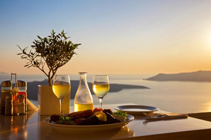 7 Best Romantic Islands in Greece